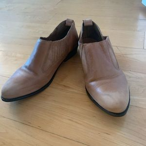 Ecote tan western style ankle booties